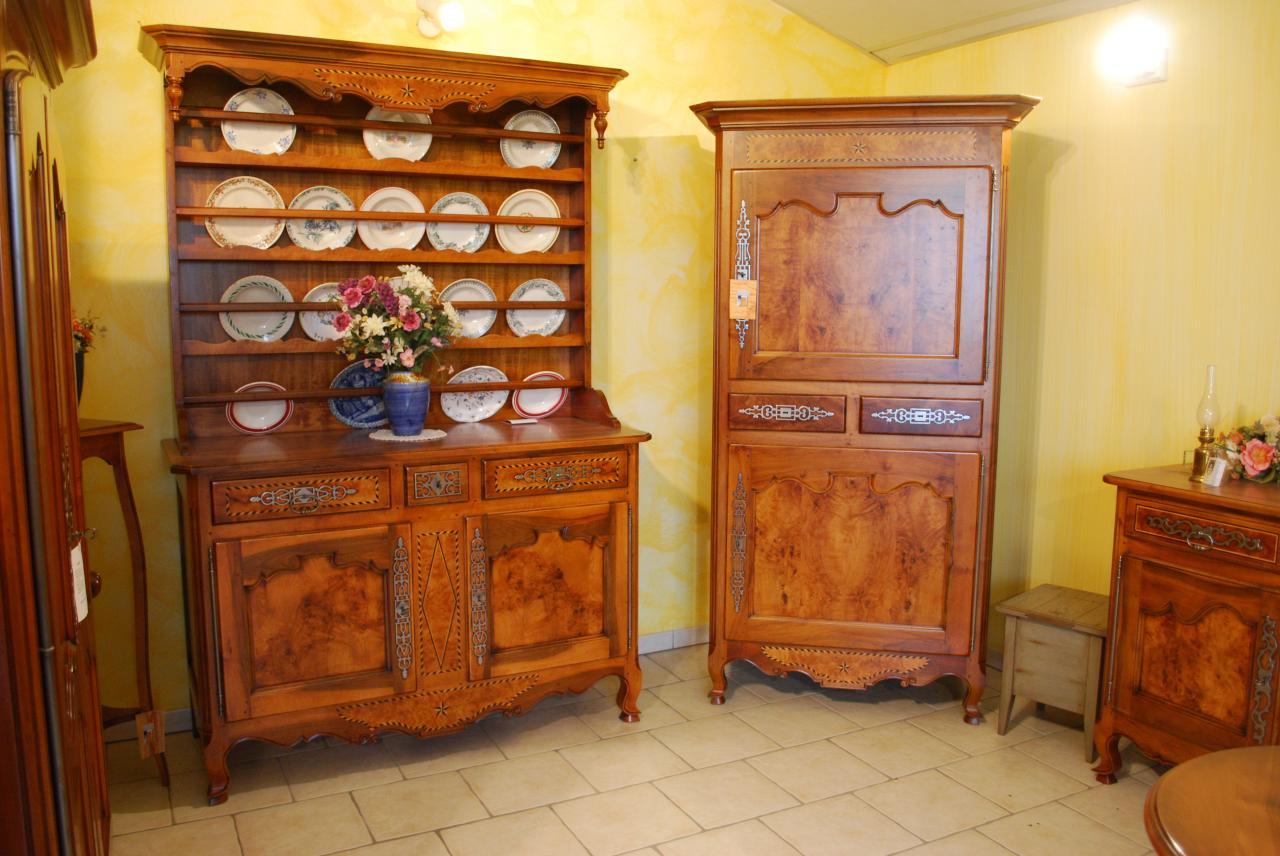 meubles et tradition. Black Bedroom Furniture Sets. Home Design Ideas